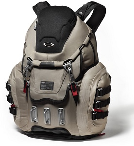 Oakley Kitchen Sink Backpack Review - Travel Gear Zone