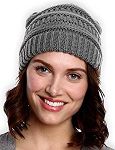 b5894bc8f Top 15 Best Winter Hats for Women in 2019 | Travel Gear Zone