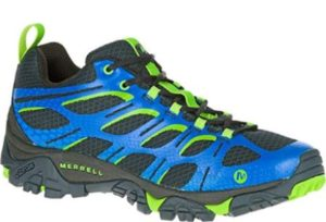 Top 15 Best Hiking Shoes for Men In 2019