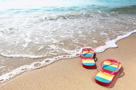 Top 15 Beach Sandals - Complete Guide & Reviews for 2020